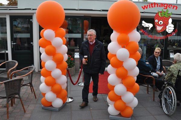 Ballonnen pilaar Oranje/Wit
