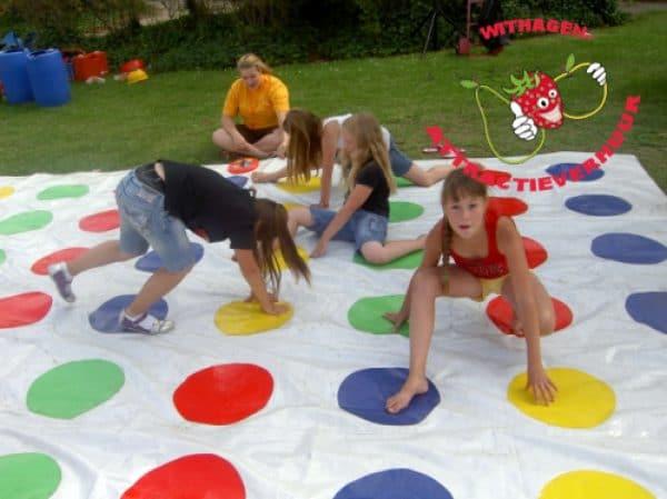 Twister spel spelen