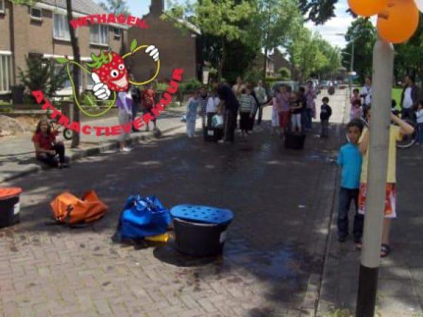 Waterattractie waterkakken race