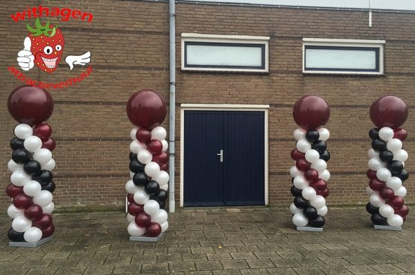 Driekleurige ballonnenpilaar
