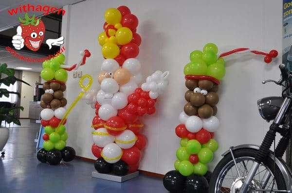 Sinterklaas en zwarte piet van ballonnen