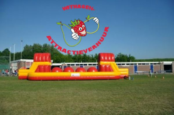 Hindernisbaan wipeout mega balls