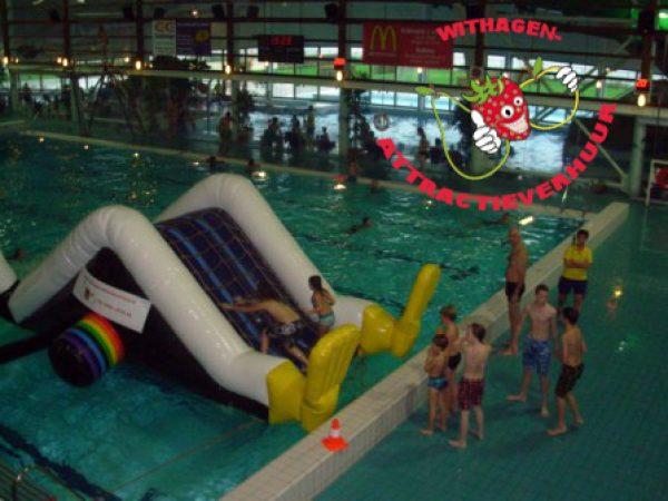 Waterattractie voor zwembad