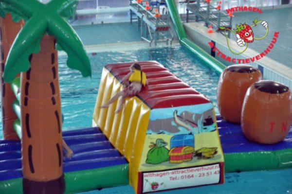 hindernisbaan op het water
