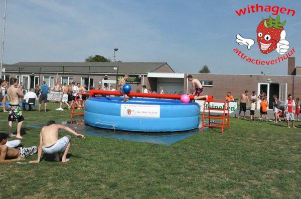 Zwembad evenwichtbalk publiek
