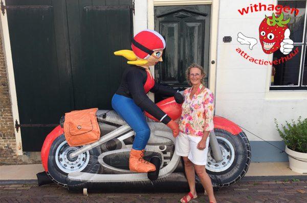 sarah op motor pop huren